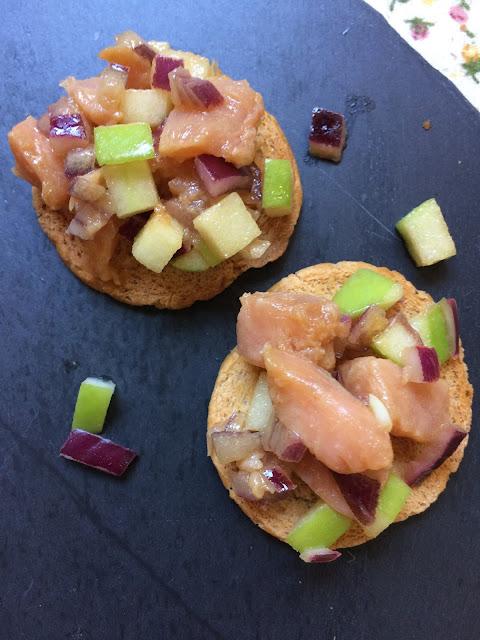tartar de salmón con manzana ácida receta