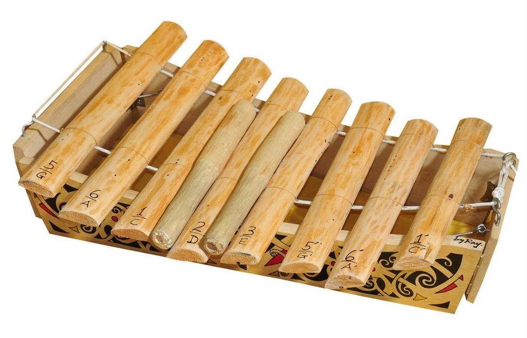 alat musik Dayak