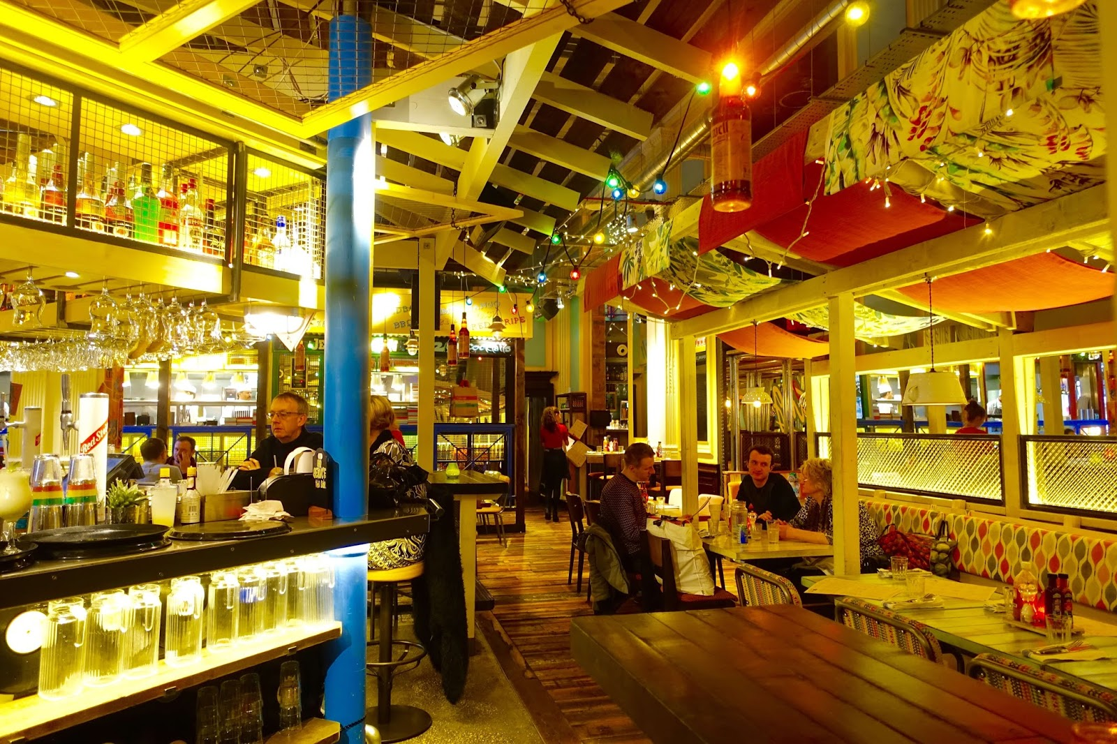 colourful turtle bay restaurants