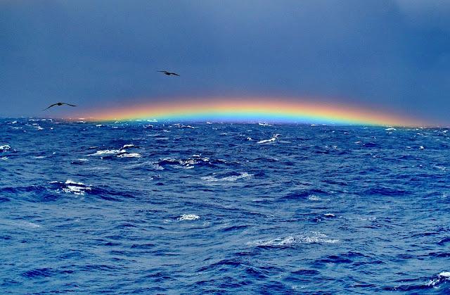 rainbow in bermuda triangle