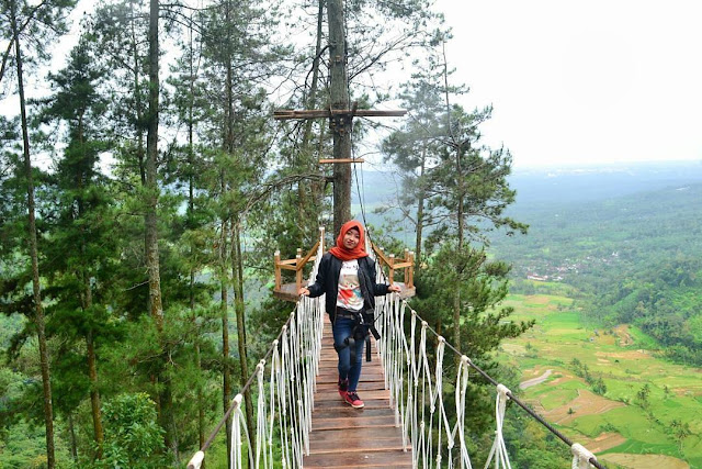 jembatan Cinta Wisata alam Gumuk Reco Sepakung Semarang