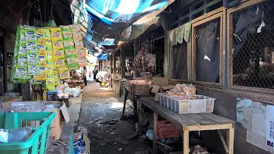 Pasar Lama Kutowinangun kian Merana