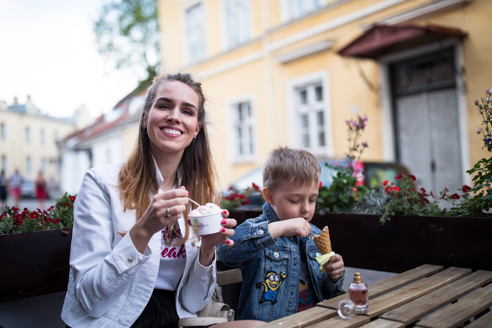mom and son eating icecream outside summer