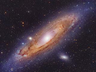 Seberapa Besar Galaksi Andromeda?