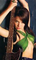 Natalia Oreiro bajo