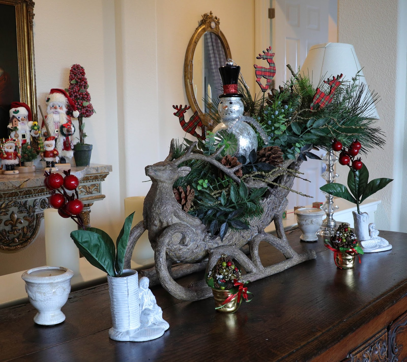 Farmhouse Christmas decorating inspiration