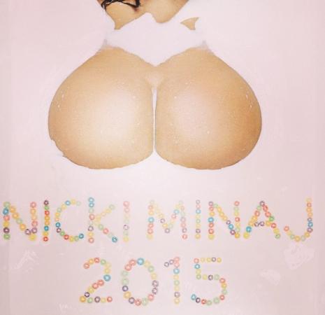 Photos-Nicki-Minaj-goes-completely-naked-in-her-2015-calendar