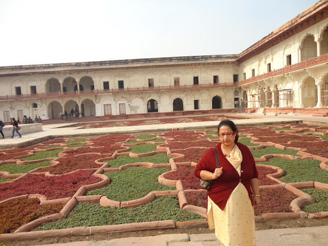 Gardens inside Agra Fort Agra