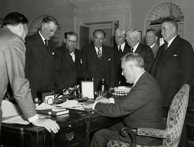 November 4 1939 worldwartwo.filminspector.com neutrality laws President Roosevelt,
