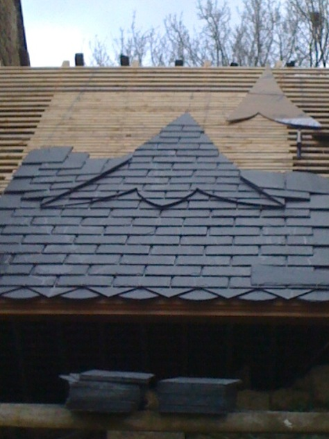 dessin sur couverture ardoise dessin sur toiture ardoise. Black Bedroom Furniture Sets. Home Design Ideas