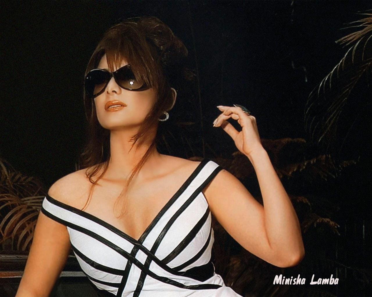 minisha lamba hot
