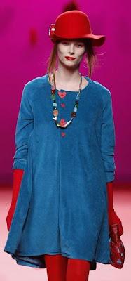 Agatha Ruiz de la Prada en la Cibeles Madrid Fashion W. MÁS ROMPEDORA Y PONIBLE QUE NÚNCA. Ot-Inv. 2011/2012