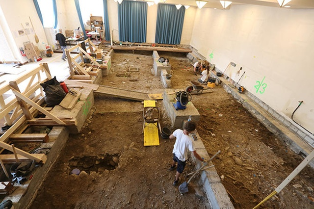 Medieval cemetery found under a Swiss school