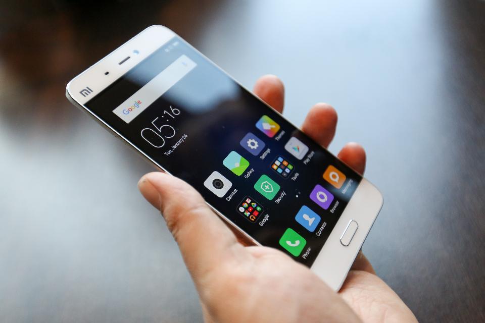 Destapan un fraude masivo en 125 app