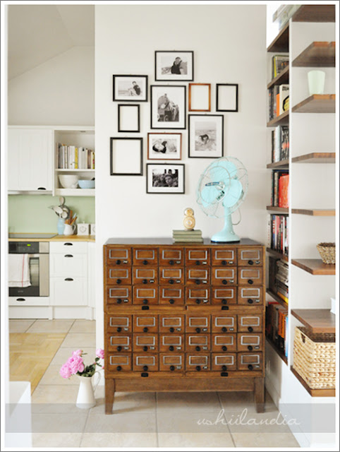 Vintage library card storage ikea hack! This lady, is a big deal of a blogger in Poland & you can see why. Her craft room space is absolutely stunning. it's like a super feminine home