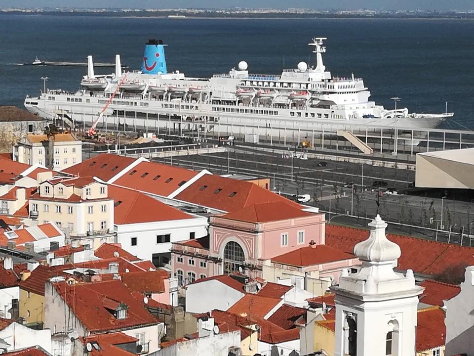 Francois Illas New Tradition: Sergio@Cruises: Marella Celebration, Midnatsol E Le Soleal