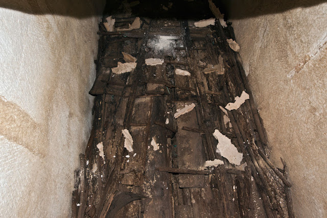 Beam from Khufu's second solar boat damaged during excavation