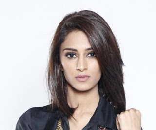 Erica Fernandes| Yeh Hai Chahatein serial Cast, Wiki, Real Name, Timings Star Plus| Allbiowiki