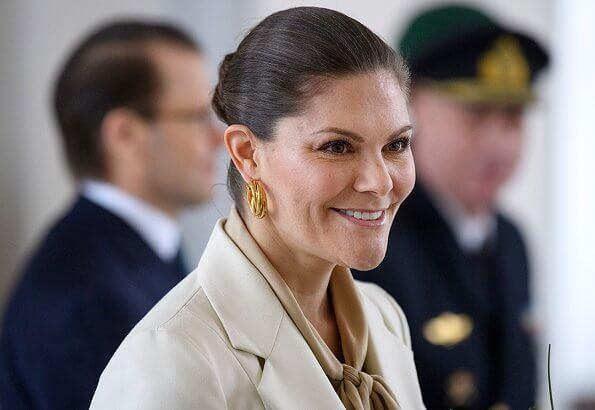 Crown Princess Victoria wore Baum und Pferdgarten Beyonce blazer, Sophie by Sophie gold earrings, Ralph Lauren Addington boots