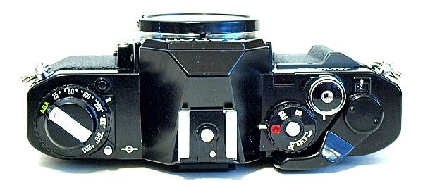 Canon AV-1, Top