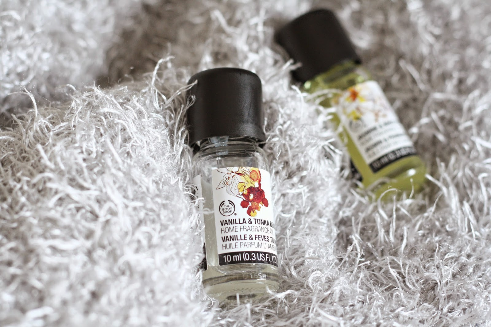 THE BODY SHOP FRAGRANCE OILS