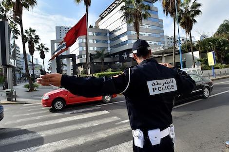 تصوير شرطي يقود لاعتقال شاب في سيدي بنور !