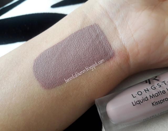 Golden Rose Long Stay Liquid Matte Lipstick - 10