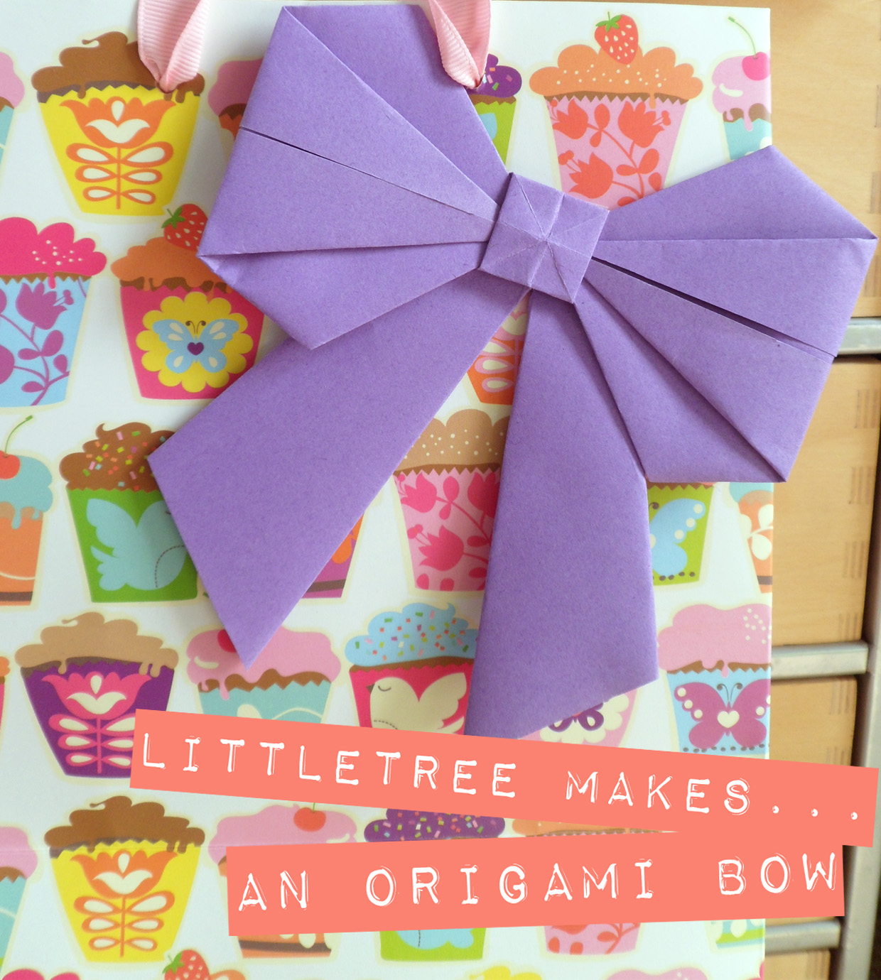 littletree designs: littletree makes...an origami bow - photo#23