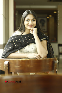 Actress Shruti Reddy Latest Po Shoot Gallery  0028.JPG