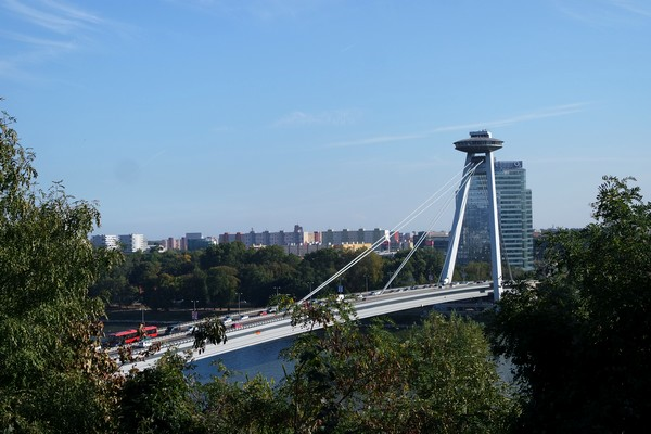 bratislava château vue ufo tour tower