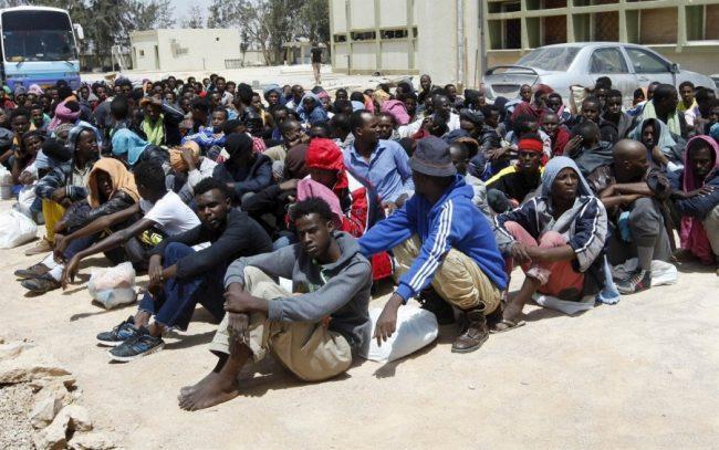 هيومن رايتس ووتش تندد بعمليات طرد الجزائر للمهاجرين
