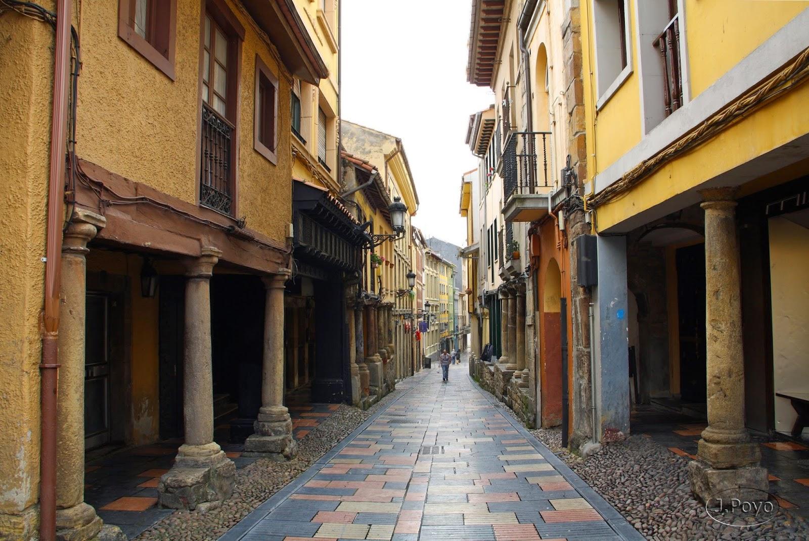 Calle Bances Candamo de Avilés