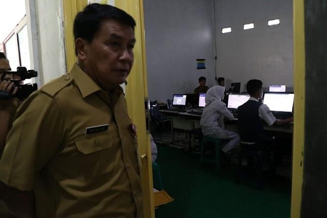 Kurang Komputer UNBK, SMP Negeri 2 Tigaraksa Numpang Di SMAN 6