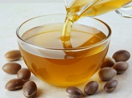 http://weightlossplume.blogspot.com/2014/10/argan-oil-benefits-and-information.html
