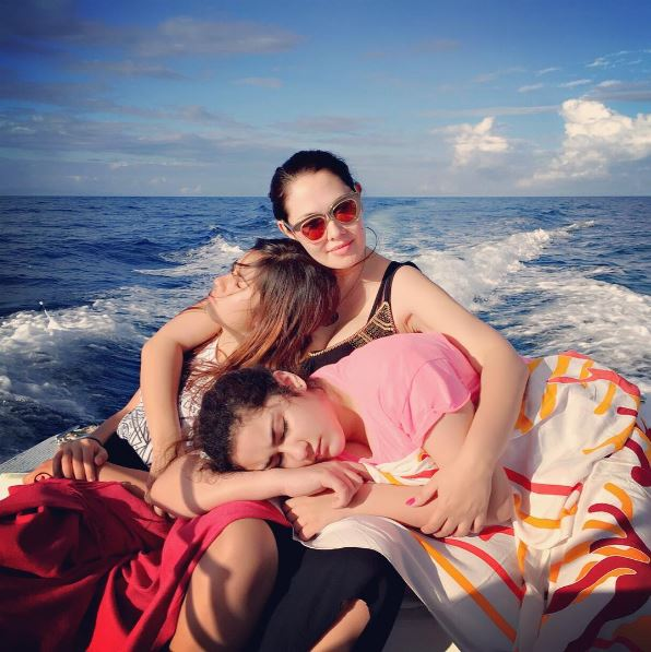 Look Here! 12 of The Most Inspiring Pinay Celebrity Single Mothers!