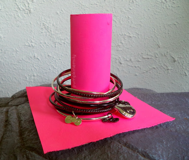 Paper Roll Jewelry Organization Life Hacks & Ideas