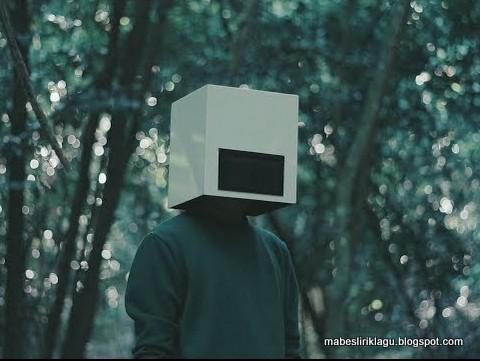 Mr.Headbox - Until I'm Crushed Lirik