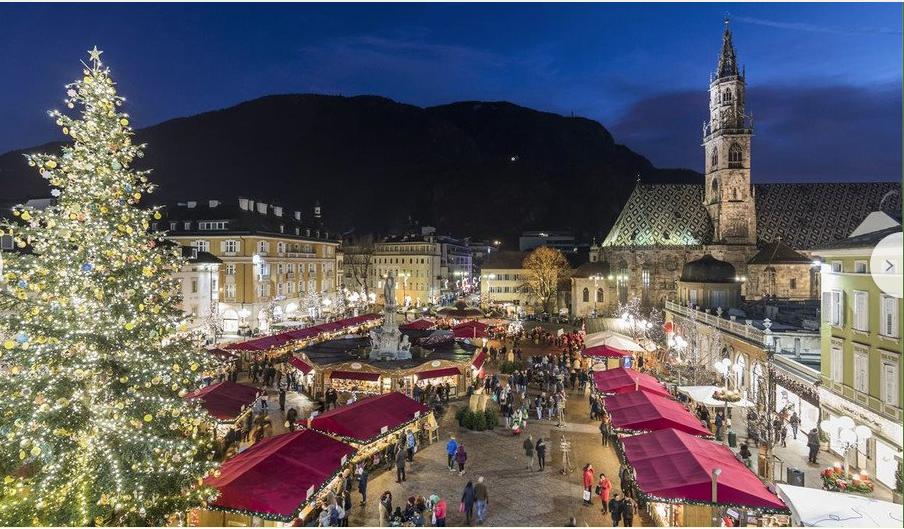 Christmas In Italy 2019.Holidayezine Italy Christmas Markets 2015