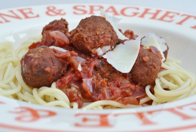 Spaghetti and 'Meatballs' (beanballs)