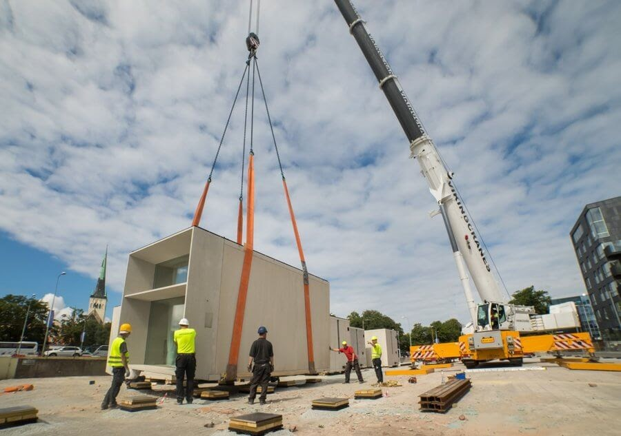 15-Craned-into-position-Kodasema-Prefabricated-Concrete-Architecture-www-designstack-co