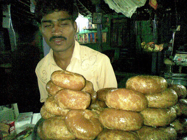 indian doughnuts in highway dhaba