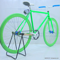 3 Sepeda Fixie Glow in the Dark dengan Flip-Flop Hub 700C