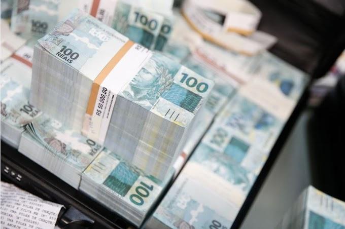 Três homens são presos com R$ 1,7 milhão em notas falsas