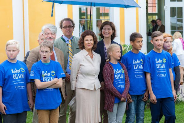 Queen Silvia, Crown princess Victoria, Princess Sofia, Princess Madeleine, Princess Estelle, Princess Leonore, Germany