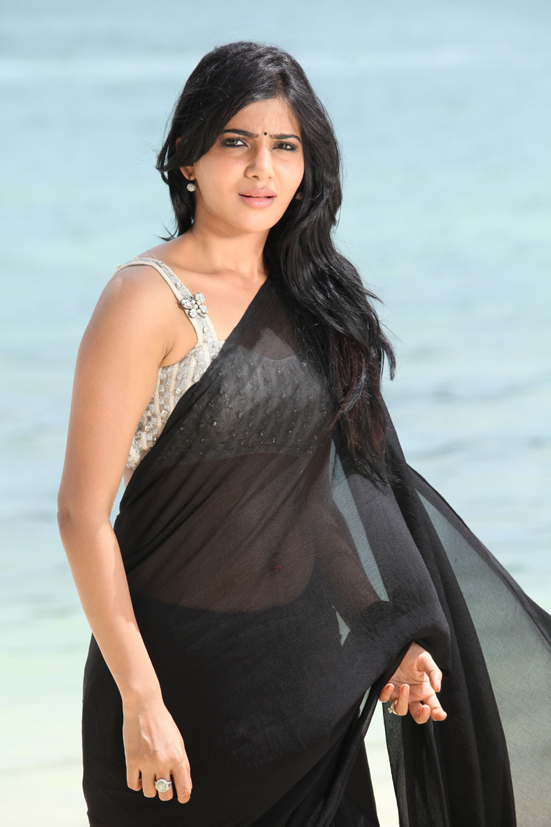 Samantha Ruth Prabhu navel in transparent saree, Samantha Ruth Prabhu in black saree