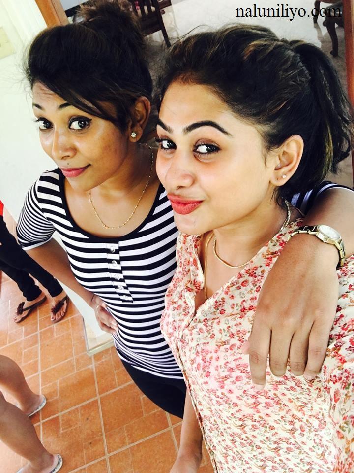 Nipuni Wilson and Piyumi selfies