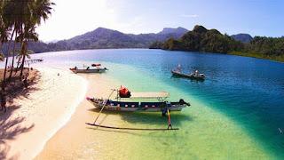 Pantai Pesumpahan Padang