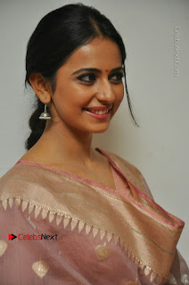 Rakul Preet Singh Stills in Salwar Kameez at Rarandoi Veduka Chuddam Movie Interview