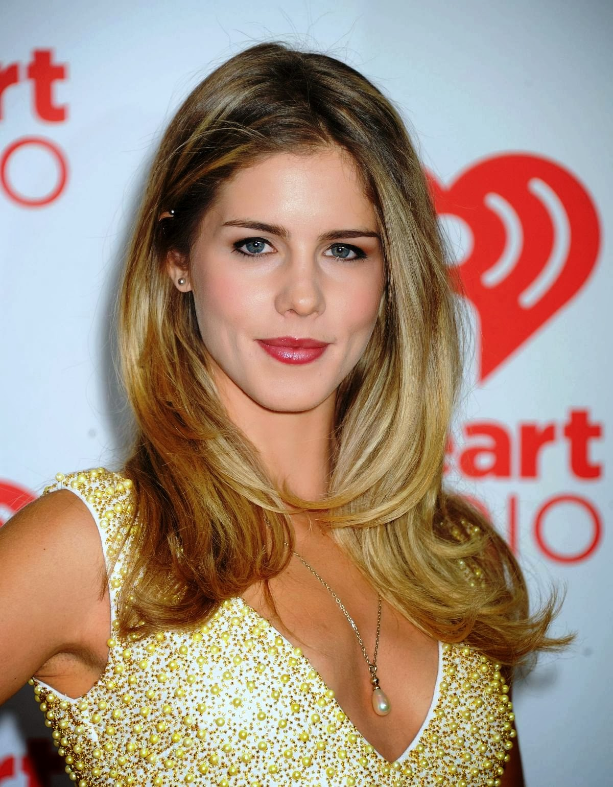 Celebrites Emily Bett Rickards nude photos 2019