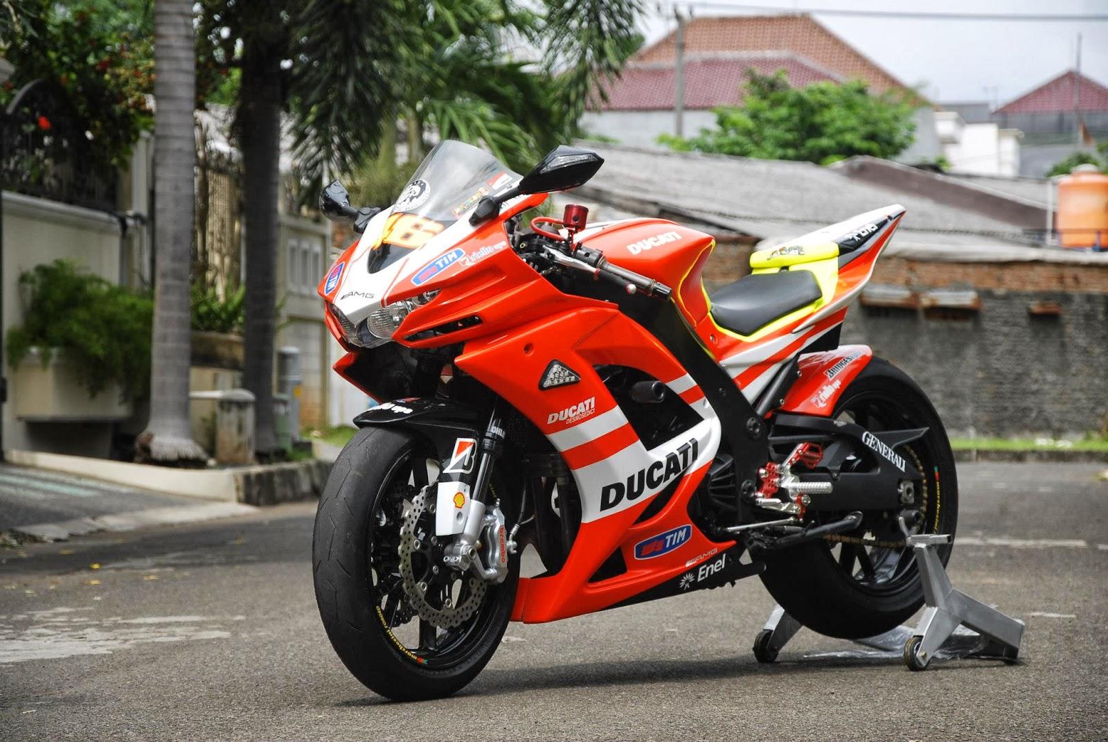 Modifikasi  Superbike Kawasaki Ninja 250